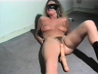 Amateur MILF is fucked there..