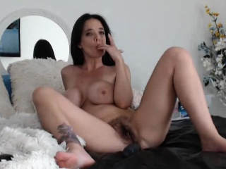 Big Titty Webcam SLut Rides..