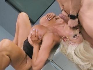 Hot Weaken Nicolette Shea..