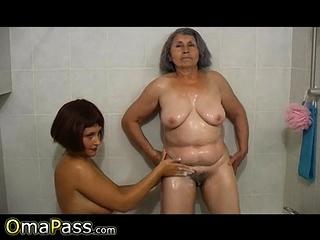 OmaPasS Grandma Evacuate the..