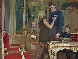 Ursula Cavalcanti -..
