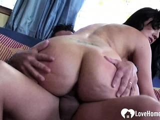 Chubby booty MILF enjoys his..