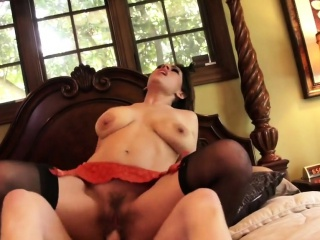 Raylene gets her hairy cunt..