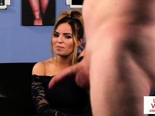British voyeur babe enjoys..