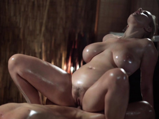 Massage Rooms Sexy MILF with..