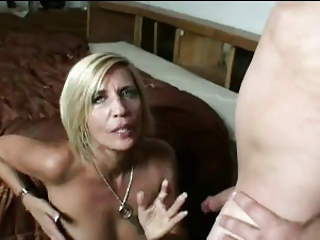 HOT MOM n132 blonde granny..