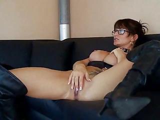 Latex Anal Wife