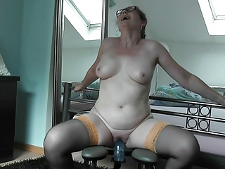 German MILF Sabine trying..
