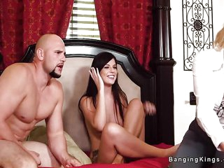 Threesome live sex show with..