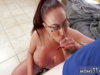 Mature mom virtual Big Tit..