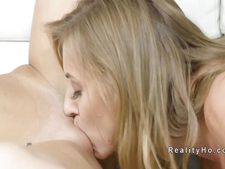 Blonde Milf lesbian tribbing..