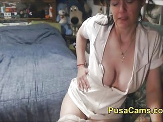 Sexy Old British Woman Vibes..