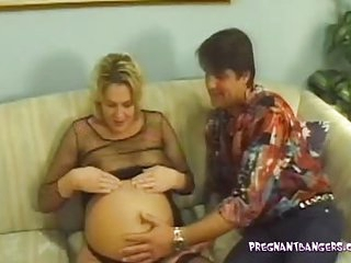 Pleasuring the Pregnant Blonde