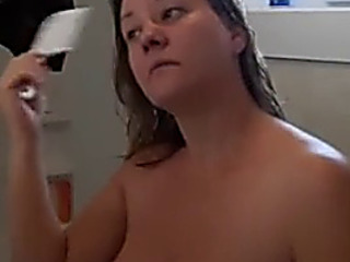 Mother I'd Like To Fuck shower