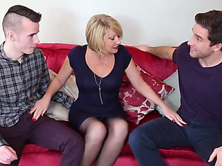 Hawt british mommy cum..