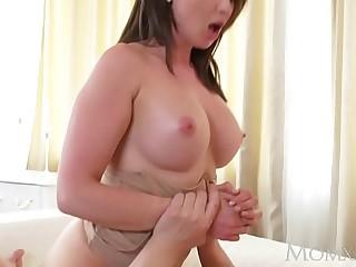 MOM Big tits brunette Aussie..