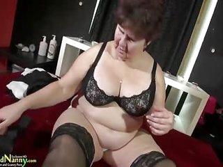 Busty BBW Old Mature Granny..