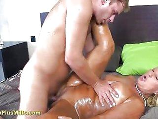Pretty mature lady massaged..