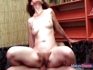 Mature Slut Gets Her Hairy..