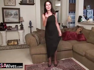 USAWives Horny old mature..