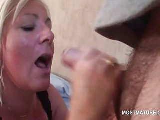 Sexy mature blonde busy..
