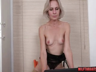 Shaved mature blowjob and..